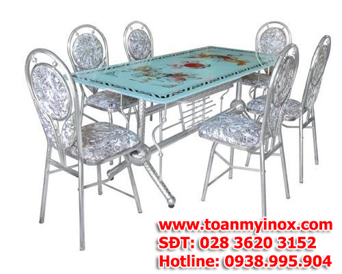 http://toanmyinox.com/img_data/images/ban-ghe-inox-gia-re%20(3).jpg