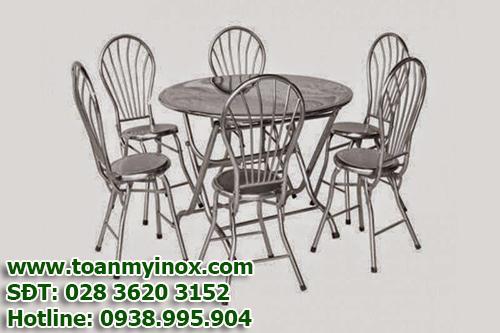 http://toanmyinox.com/img_data/images/cung-cap-ban-ghe-inox-gia-re%20(3).jpg